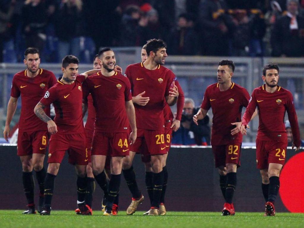 AS Roma telah memainkan 32 laga di Serie A musim ini. Giallorossi tercatat baru kebobolan 26 kali dengan raihan 14 clean sheet. (Foto: Paolo Bruno/Getty Images).