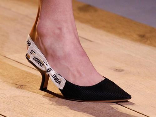 Ini Sepatu yang Paling Populer di 2017, Sudah Punya?
