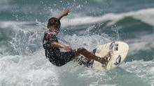 Mencari Puluhan Spot Surfing Baru di Dunia