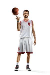 Kesadaran spasial adalah kemampuan untuk mengetahui di mana tubuh Anda berada dalam ruang dan waktu. Bermain basket bisa meningkatkan kesadaran spasial sehingga membantu Anda tetap seimbang. (Foto: Ilustrasi/thinkstock)
