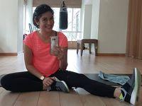 Bagi Dian Sastrowardoyo, olahraga tidak hanya seputar masalah fisik dan kesehatan. Tetapi juga berkaitan dengan kondisi mental. (Foto: Instagram/therealdisastr)