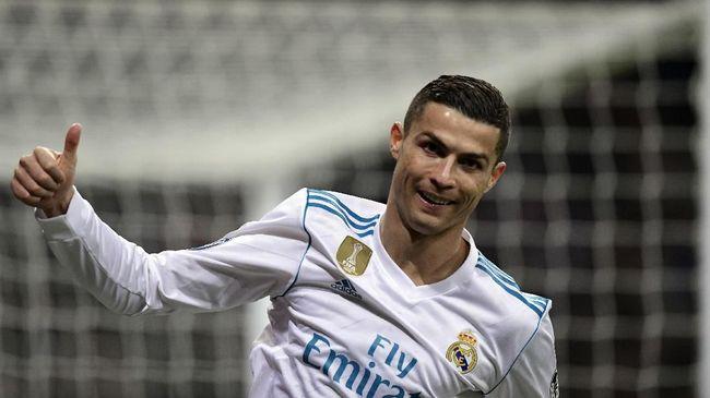 Ronaldo Impikan 7 Gelar Ballon d'Or dan 7 Anak