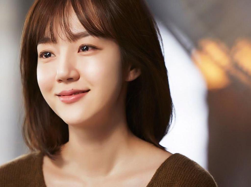 7 Artis Korea dengan Wajah Paling Baby Face, Tebak Berapa Usianya?