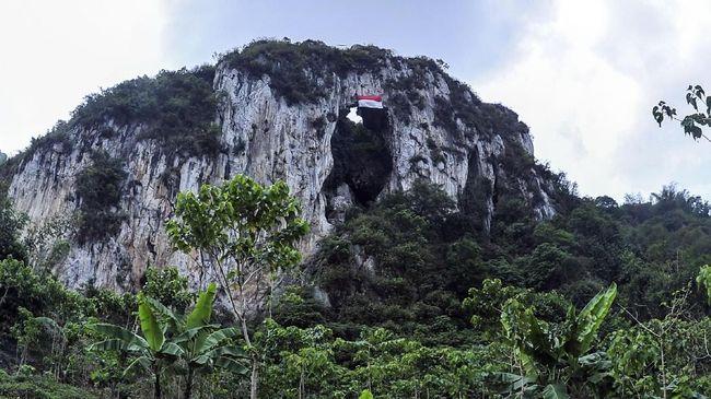 Menantang Adrenalin di Rute Pendakian Tertinggi Balkan