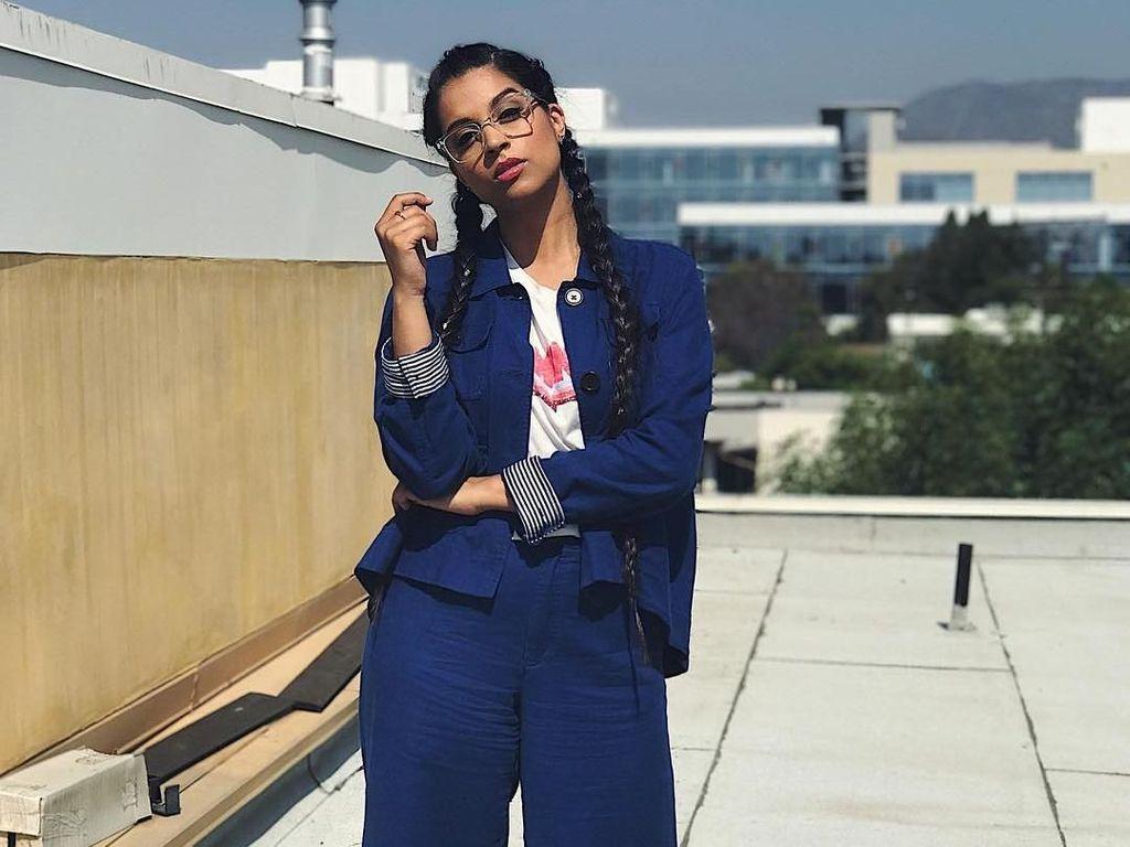 Foto: Ini Lilly Singh, Youtuber Superwoman dengan Kekayaan Rp 142 M