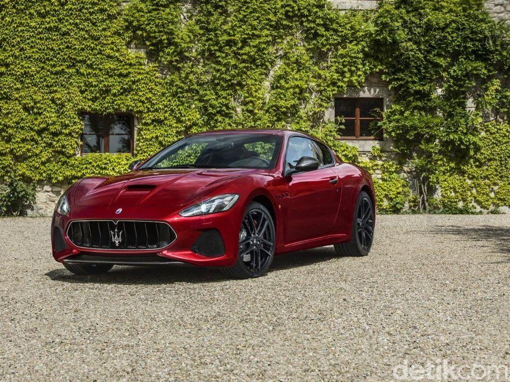 Di urutan ke-9 ada mobil Maserati GranTurismo. Sejak diluncurkan 1 dekade lalu, mobil bisa melangkah dari bayang-bayang Ferrari. GranTurismo ini lebih sporty dari Quattroporte. Tertarik untuk menyicilnya? Siapkan dulu uang sebesar 81.735 poundsterling. Foto: Maserati