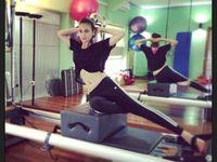 Luna Maya menuai hasil dari gaya hidupnya yang sehat dan suka berolahraga. Lihat saja bentuk tubuhnya yang ramping! (Foto: Instagram/lunamaya)