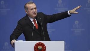 Bahas Situasi Suriah, Erdogan Bertemu Putin di Jerman