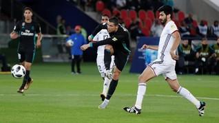 Ronaldo Berselebrasi Saat Diteriaki Nama Lionel Messi