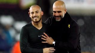 Guardiola Kembali Disanksi FA karena Pita Kuning Catalonia