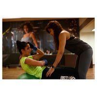 Sit up hanyalah satu dari sekian banyak latihan sederhana yang wajib dilakukannya tiap kali nge-gym. (Foto: Instagram/katrinakaif)
