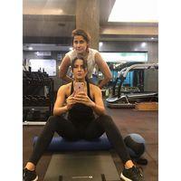 Itulah sebabnya Katrina sering menghabiskan waktunya di gym. Tujuannya adalah untuk melatih staminanya dan menjaga bentuk tubuhnya. (Foto: Instagram/katrinakaif)