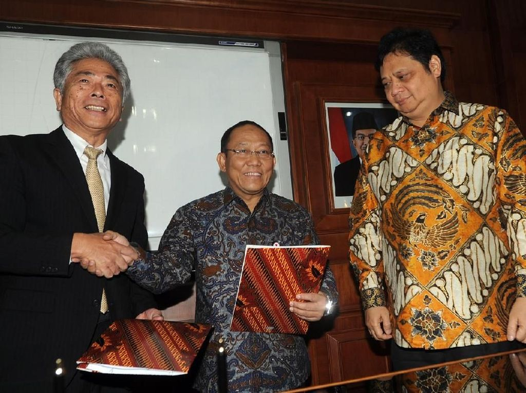 Menperin Dorong Krakatau Steel Penuhi Kebutuhan Baja Lokal