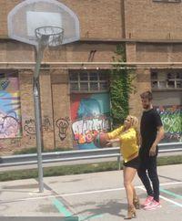 Ditemani suaminya, Gerard Pique, Shakira bermain basket bersama. Foto: Instagram/@shakira