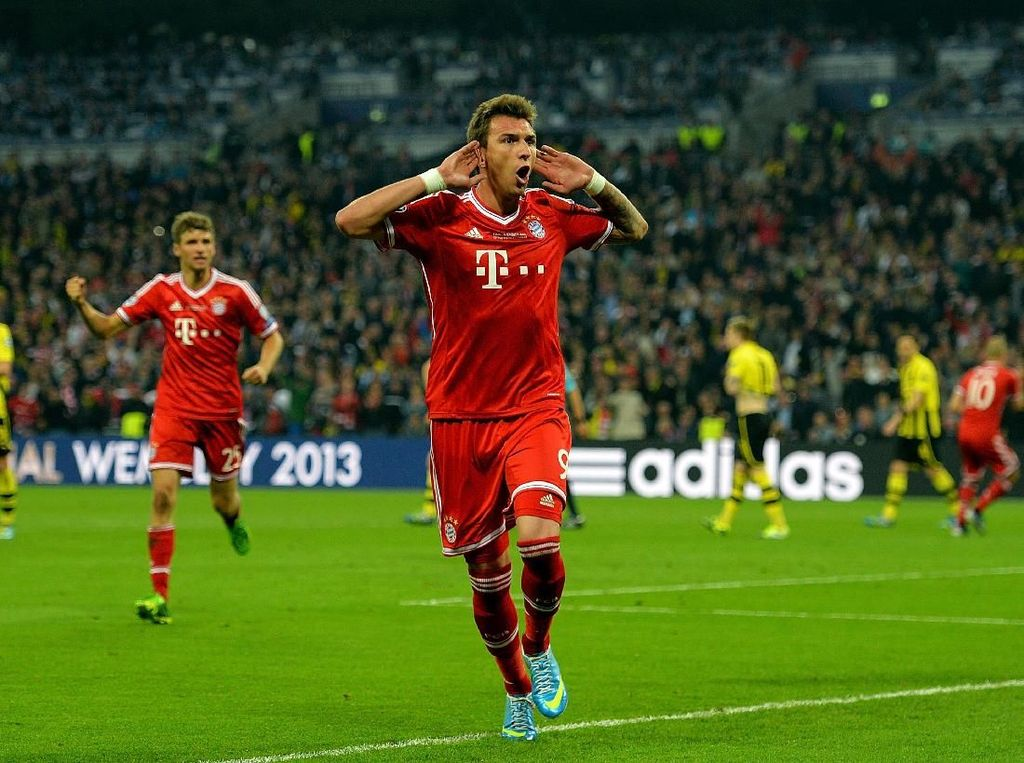 Mario Mandzukic pindah dari Wolfsburg ke Bayern pada 2012/2013. (Foto: Shaun Botterill/Getty Images)