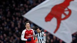 Babak I: Gol Cantik Oezil Bawa Arsenal Unggul atas Newcastle