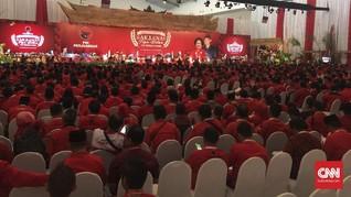 Jokowi dan Megawati Buka Rakornas PDIP dengan Tumbuk Padi