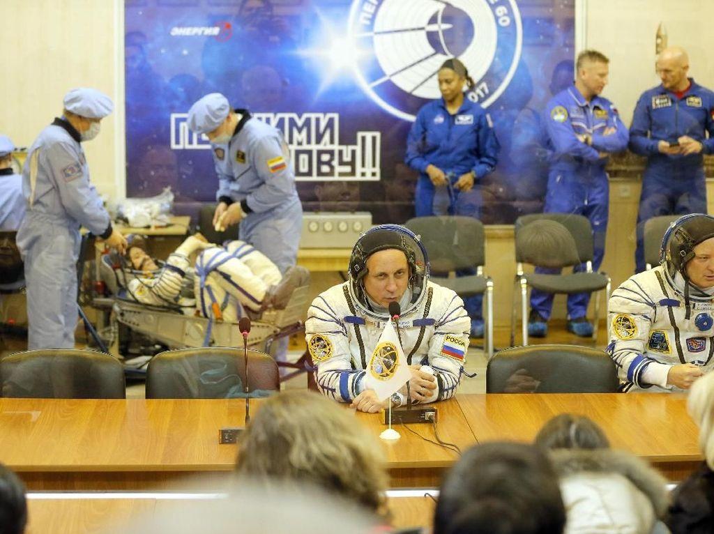 Foto: Ini 3 Astronot yang Segera Terbang ke Stasiun Luar Angkasa