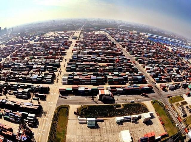 Foto: Shanghai Punya Pelabuhan Seluas 470 Lapangan Sepak Bola