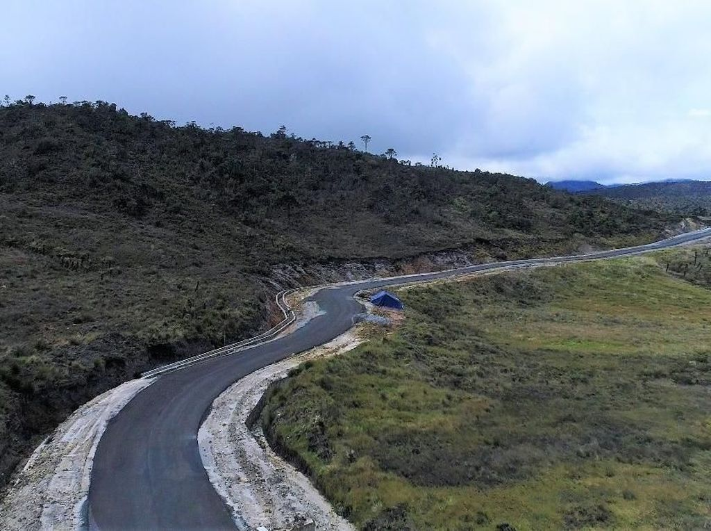 Indahnya! Ini Penampakan Terbaru Jalan Trans Papua