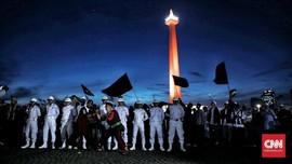 Massa Aksi Bela Palestina 1712 Terus Datang Putihkan Monas