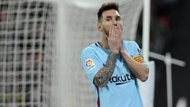 Lionel Messi 'Akrab' dengan Tiang Gawang