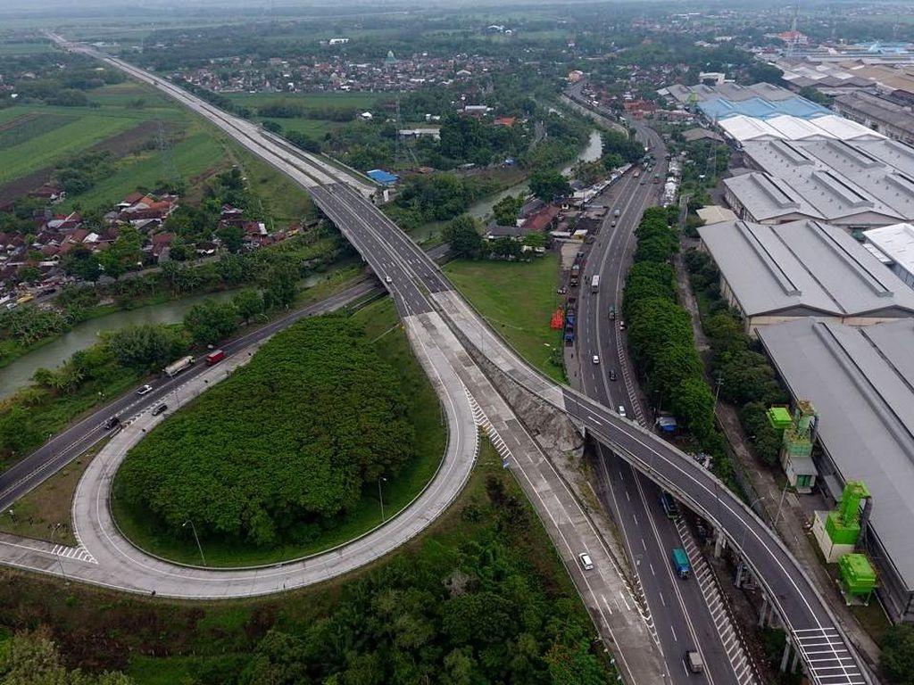 Tol yang akan diresmikan pengoperasiannya oleh Jokowi meliputi seksi IB Sepanjang-WRR 4,3 km, Seksi II WRR-Driyorejo 5,1 km dan Seksi III Driyorejo-Krian 6,1 km. Dok. Kementerian PUPR.