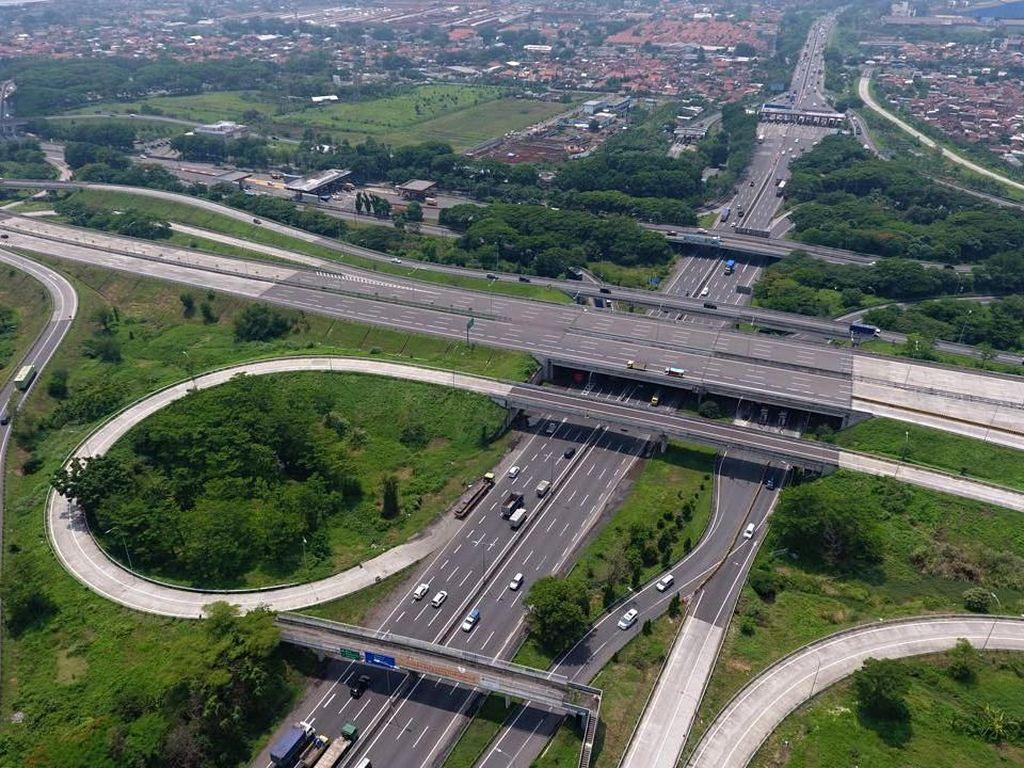 Tol ini dibangun oleh PT Jasamarga Surabaya Mojokerto dan menelan biaya investasi Rp 4,98 triliun. Dok. Kementerian PUPR.