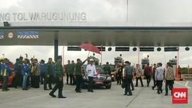 Jokowi Resmikan Tol Surabaya-Mojokerto Ruas Sepanjang-Krian