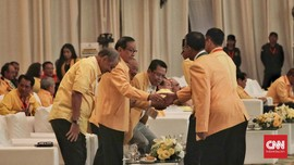 Akbar Tanjung Ingatkan Priyo Agar Paham Fatsun Sebelum Pindah