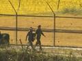 VIDEO: Tentara Pembelot Korea Utara Disambut 20 Tembakan