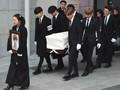 Ucapan Syukur Agensi usai Pemakaman Jonghyun 'SHINee'