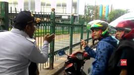 VIDEO: Jalan Tanah Abang Ditutup, Pengendara Bingung