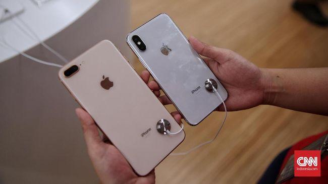 Apple Sempat Akan Hilangkan Kabel Pengisi Daya di iPhone X