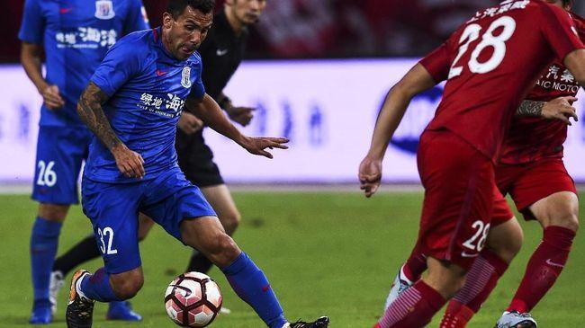 Sebut Hanya Liburan di Liga China, Tevez Dijuluki 'Tikus'