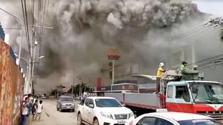 Filipina Bekukan Operasi Mal yang Terbakar di  Davao
