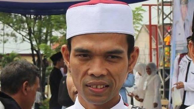 Denny JA: Dukungan Abdul Somad ke Prabowo Too Little Too Late