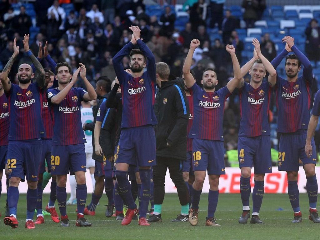 Musim ini Barcelona punya pertahanan yang oke di bawah arahan Ernesto Valverde. Sampai pekan ke-32 di La Liga, Barca baru kebobolan 17 kali. (Foto: Sergio Perez/REUTERS)