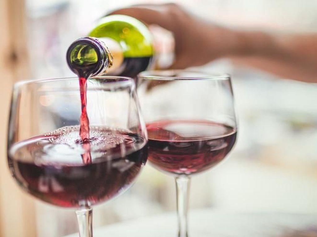 Pola Diet Wine dan Telur Bisa Bahayakan Kesehatan, Ini Penjelasannya