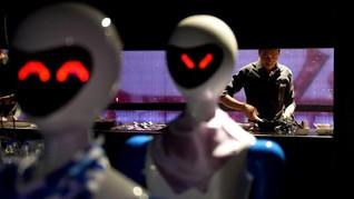 Restoran India 'Pekerjakan' Robot Jadi Pelayan