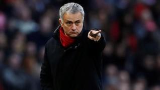Sevilla vs Man United, Mourinho Butuh Ronaldo dan Messi