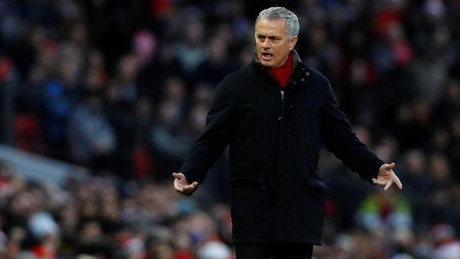 Jose Mourinho Akui Ingin Rekrut Alexis Sanchez