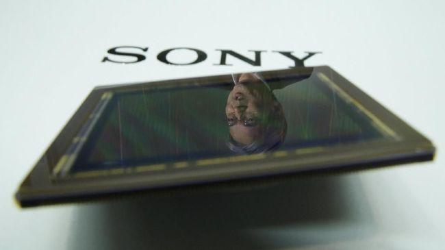 Sony Dikabarkan Uji Ponsel Lipat Layar Transparan