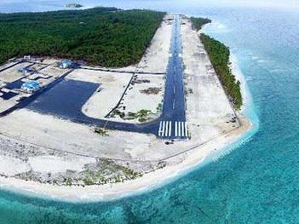 Pulau Miangas menjadi salah satu pulau yang masuk ke daerah teritori Kab. Kepulauan Talaud. Pulau ini kini punya bandara sendiri. (Foto: Pool)
