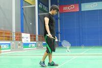 Olahraga bulu tangkis jadi kesukaannya nih, lihat saja sampai serius ekspresinya saat bermain bulutangkis. Foto: Instagram @jojosuherman