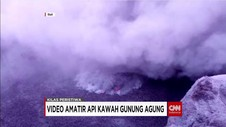 WNA Nekat Rekam Aktivitas Vulkanis Gunung Agung