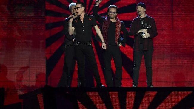 U2 Raih Pendapatan Tur Tertinggi di 2017