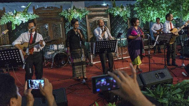 Cerita Elek Yo Band Kebanjiran Manggung dan Jokowi Manajer