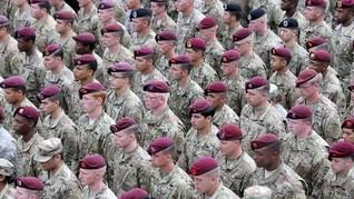Pentagon Batasi Transgender dalam Militer AS
