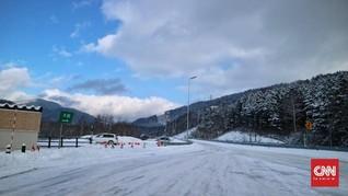 Kisah Kerupuk dan Logat Sunda di Gunung Salju Jepang